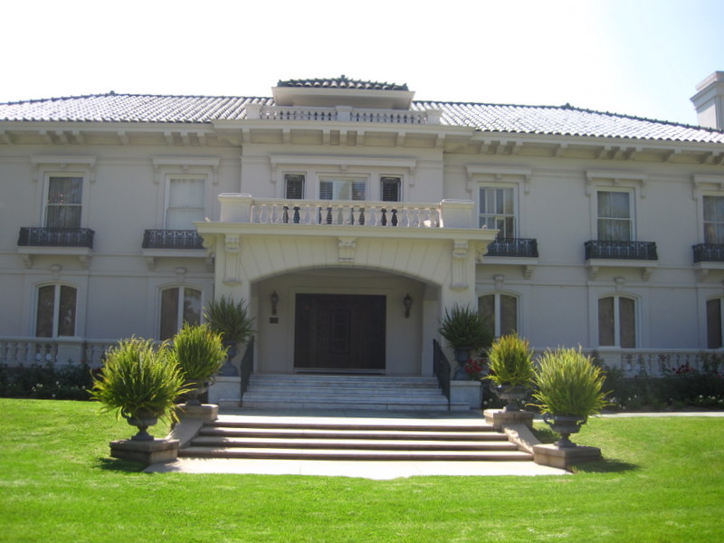 Tournament House