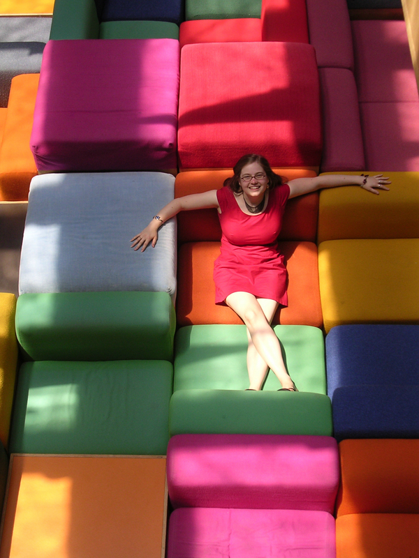 On the Rainbow Couches